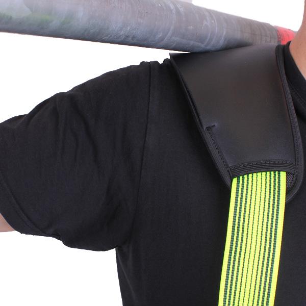 schouderbescherming op harnas
