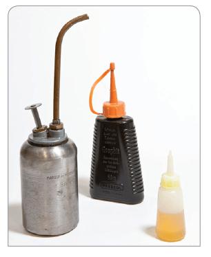 Metalen eisen Katrollen Karabiners onderhoud smering metalen bescherming