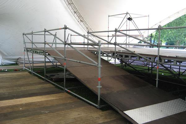 Loopbrug backstage
